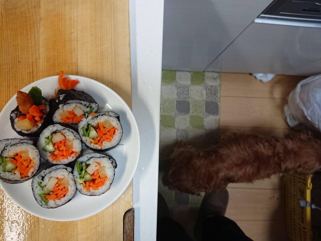 火を使わない!簡単ツナキンパ+野菜キンパの作り方。残った韓国海苔巻きで晩ごはん