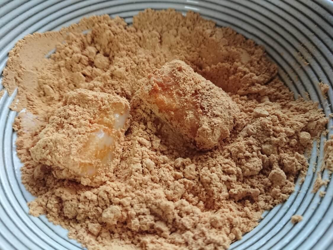 切り餅で簡単!きな粉餅の作り方。まぶす