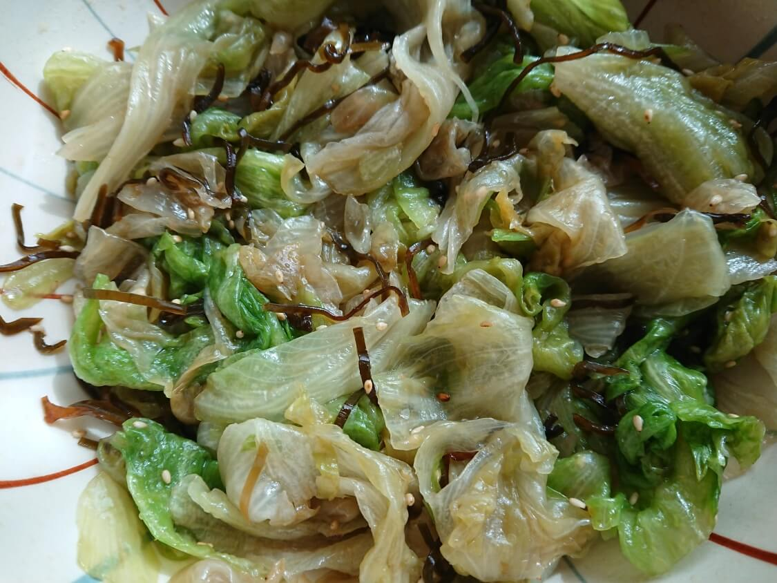 茹でたレタスで!塩昆布和えナムルの作り方+塩昆布無しの韓国人気レシピも