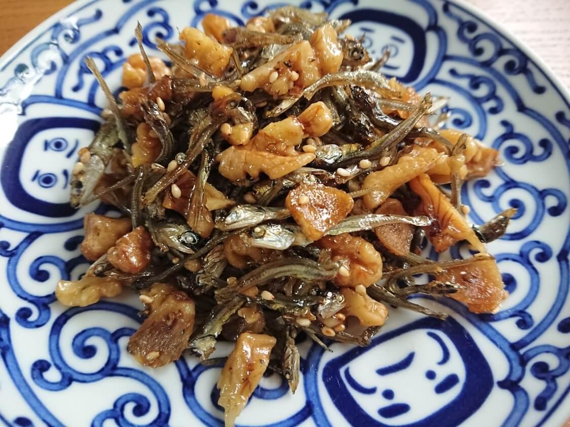 小魚とくるみの佃煮(ミョルチポックム)韓国の料理研究家の人気レシピ♪2種類の味付け