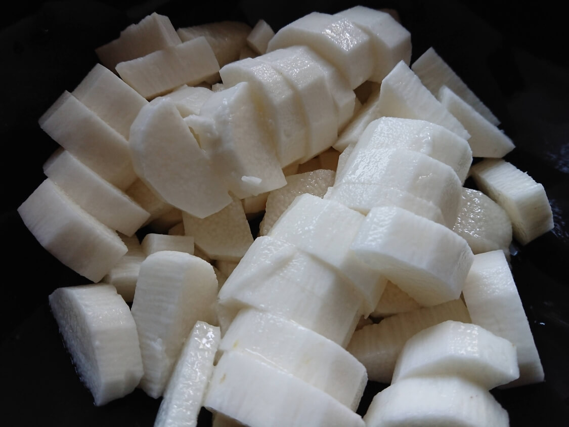 簡単本格!長芋キムチ(マカクテキ)の韓国レシピ。切り方