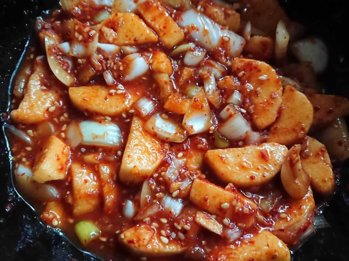 簡単本格!長芋キムチ(マカクテキ)の韓国レシピ。シャキシャキねばねば旨辛ヘルシー