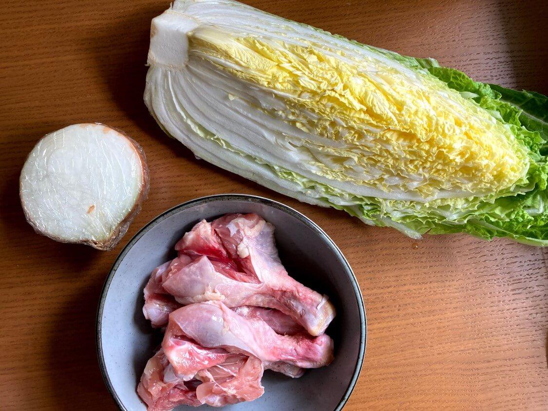 タッコムタンの韓国レシピ。材料、鶏肉と野菜