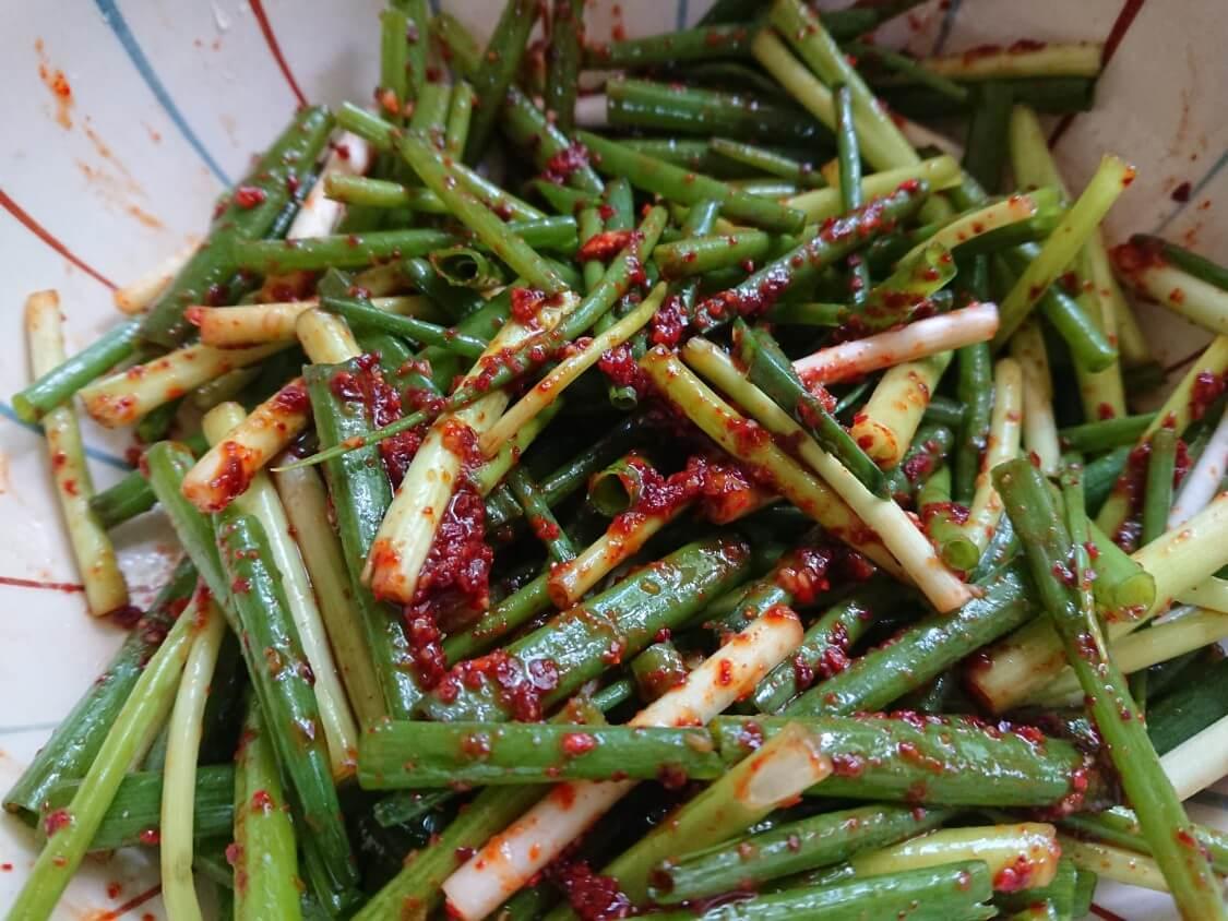 簡単!わけぎ/小ねぎキムチの韓国レシピ。即席パコッチョリの詳しい作り方