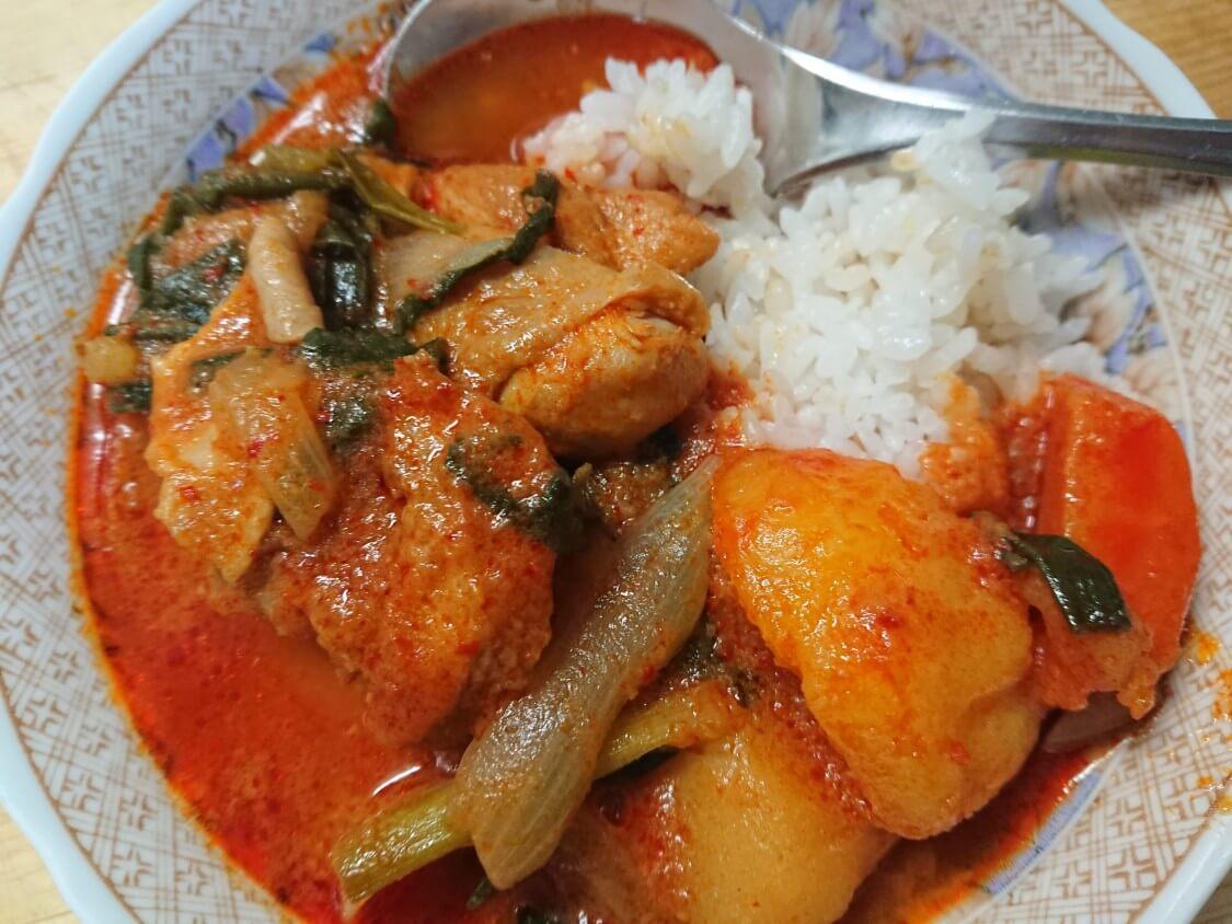韓国の鶏煮込みタッポックムタン、タットリタン