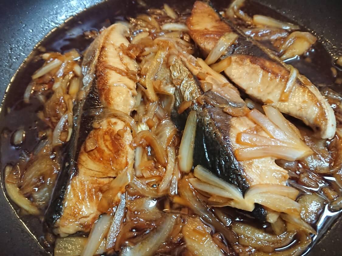 にんにくのみじん切りがあれば料理が簡単!ぶりの煮付け
