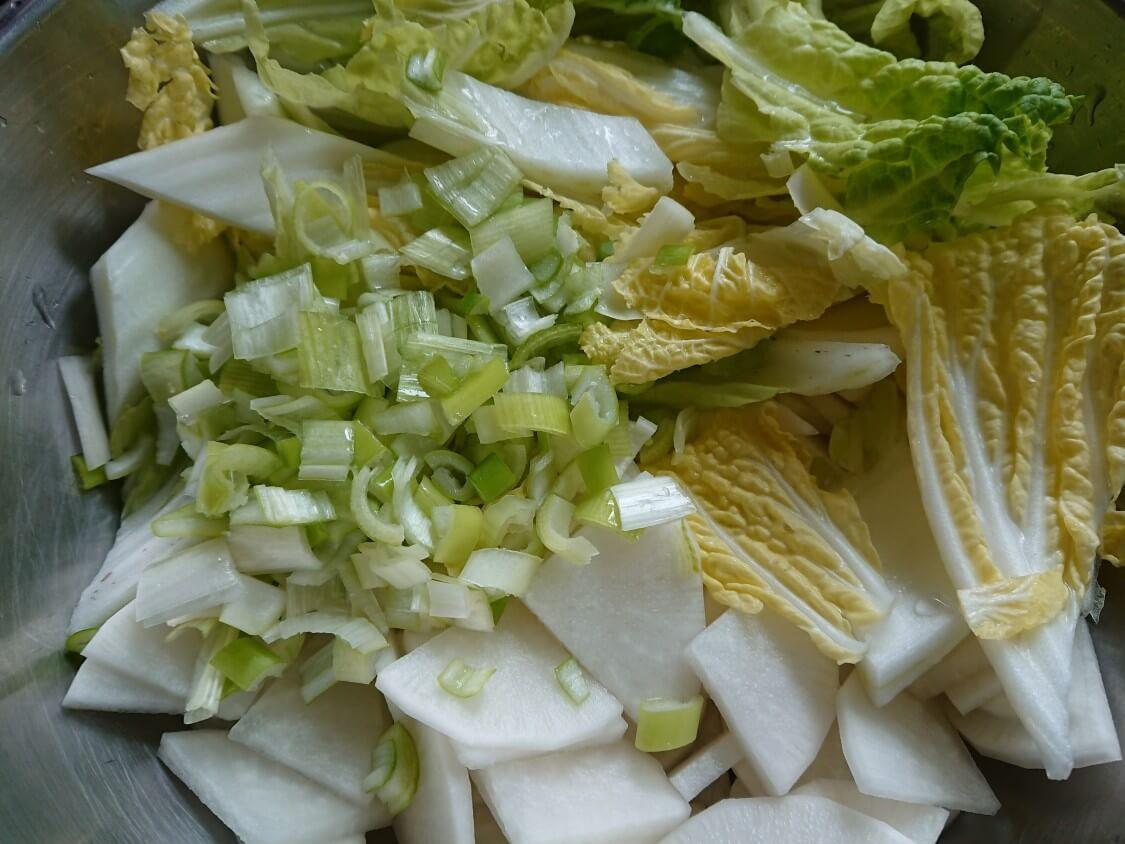 和えるだけ!白菜キムチの簡単レシピ。白菜の切り方