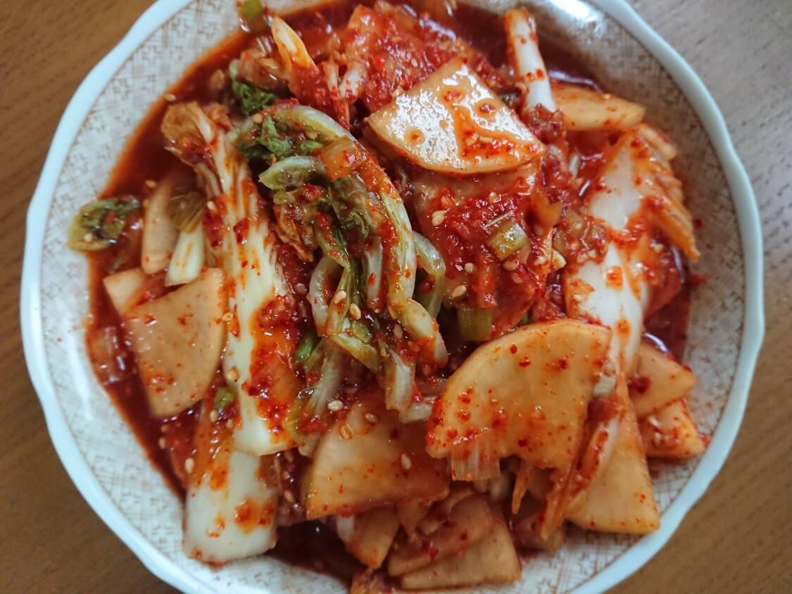 和えるだけ!白菜キムチの簡単レシピ。本格ヤンニョムの作り方も♪夏のさわやか味に