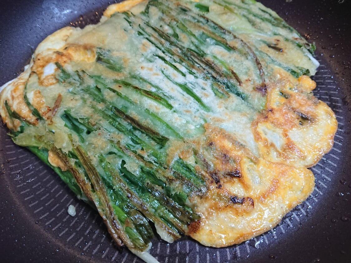 海鮮ねぎチヂミの韓国レシピ。焼き方