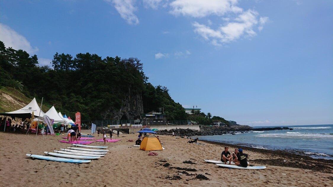 【チェジュ島旅③】ロッテホテル&新羅ホテルのビーチ散歩。サーフィンの教室