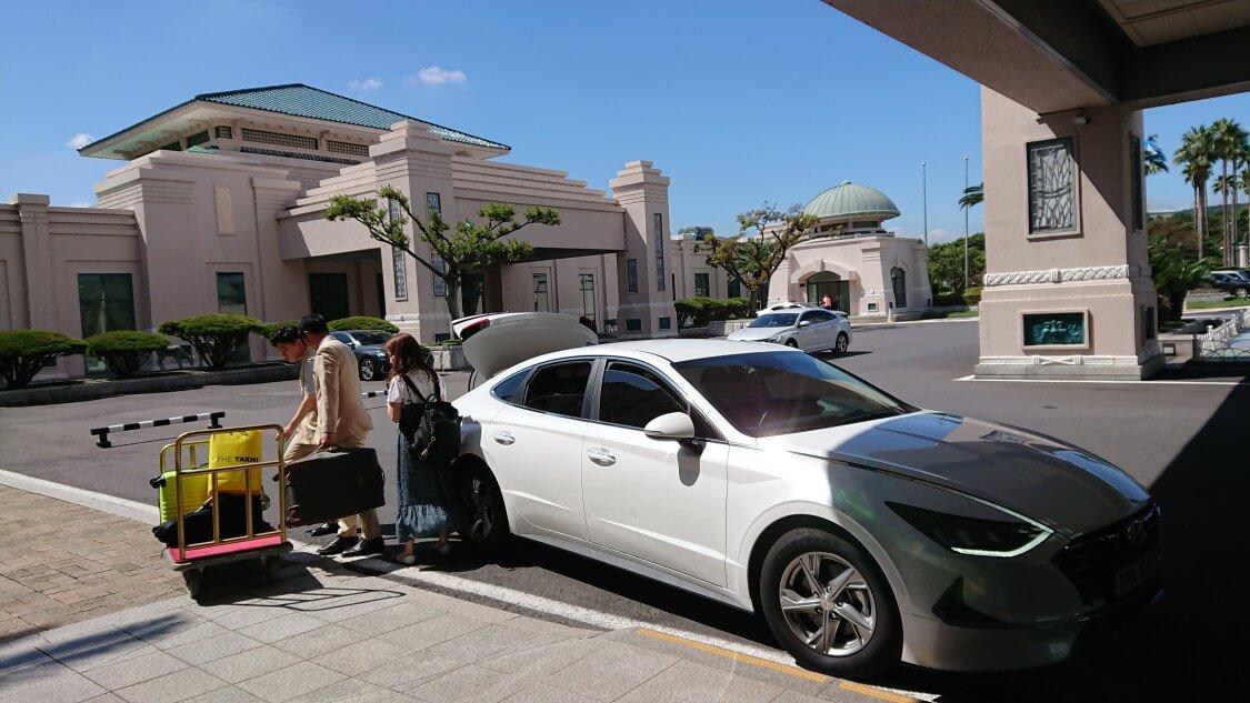【チェジュ島旅③】ロッテホテルでレンタカーを借りる