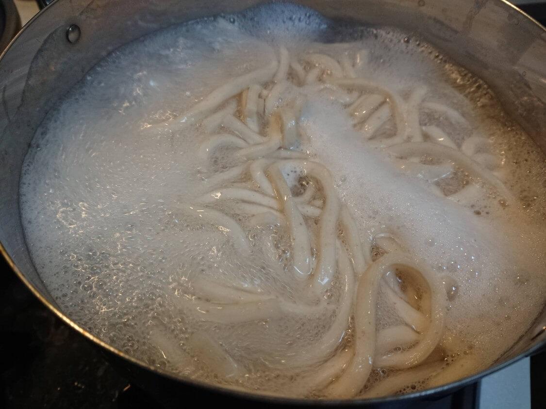 韓国ピリ辛肉味噌レシピ。使い方いろいろ!うどん、素麺、ご飯のおかず、丼ぶり