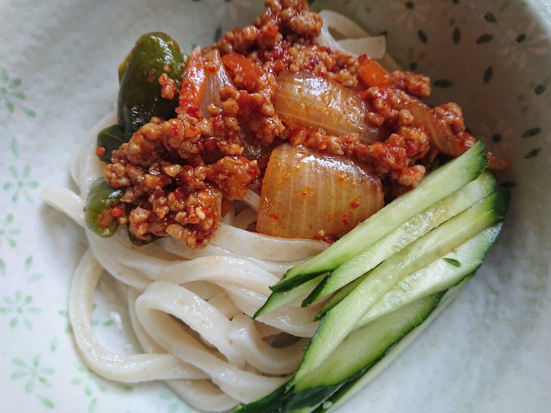 韓国ピリ辛肉味噌レシピ。混ぜうどんの具材に