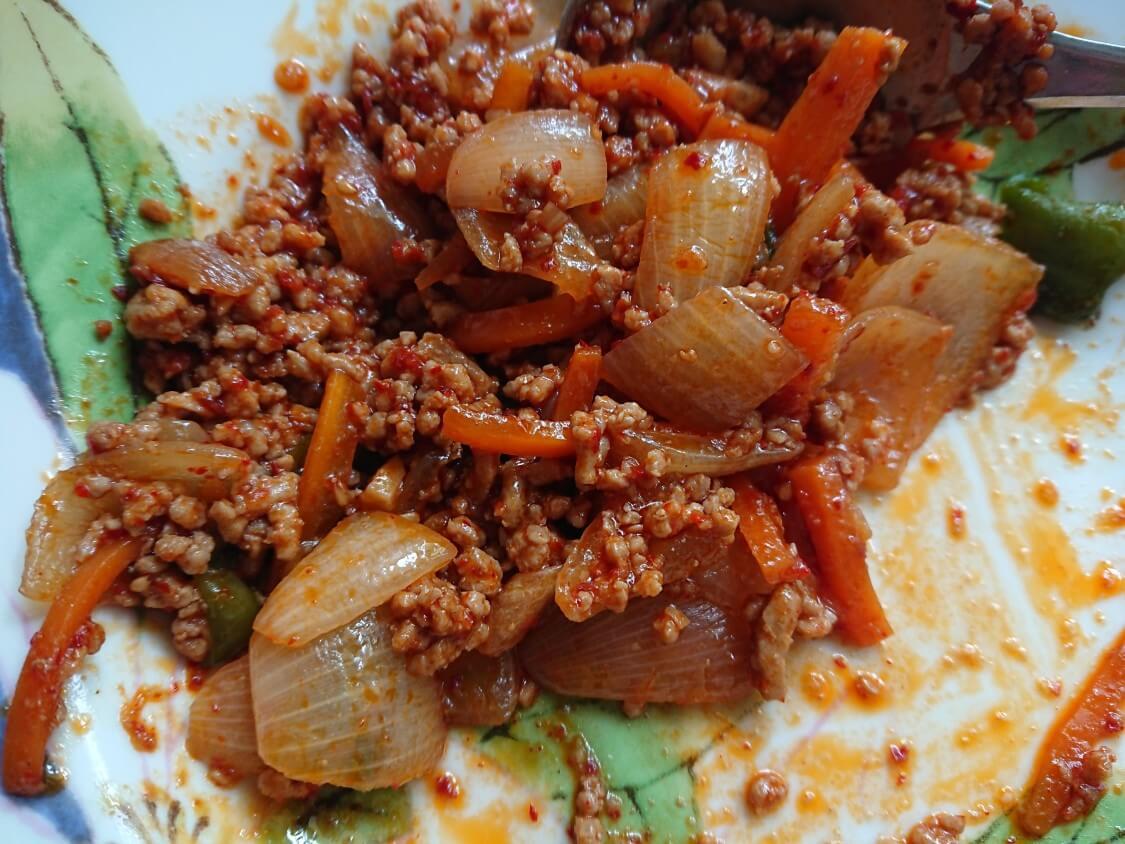 韓国ピリ辛肉味噌レシピ。作り置きもおすすめ!