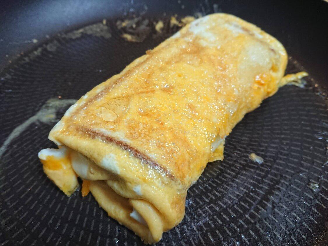 とろ~り♪チーズと卵のトースト。韓国の人気レシピ。フライパンで焼く