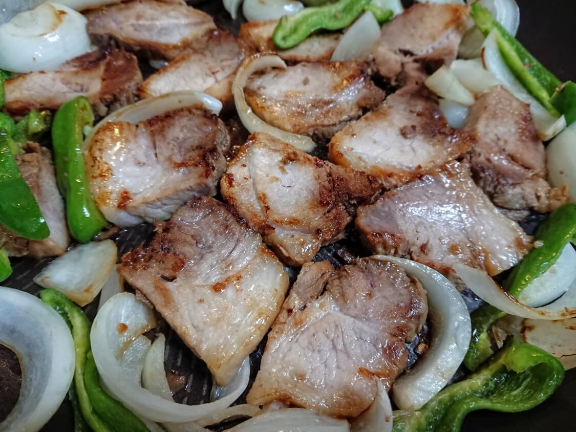 煮豚の簡単レシピ!韓国式の美味しい食べ方