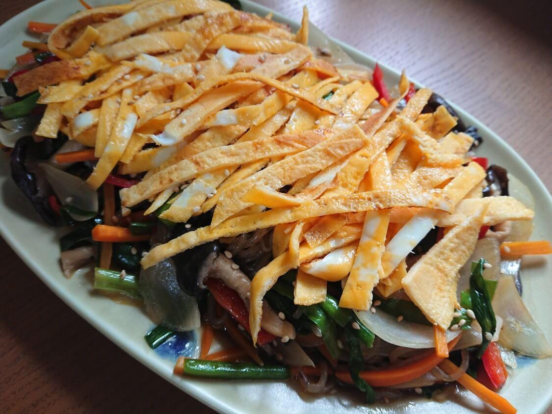 簡単!こんにゃくで作る美味しいチャプチェ。韓国のレシピ♪ダイエットにも