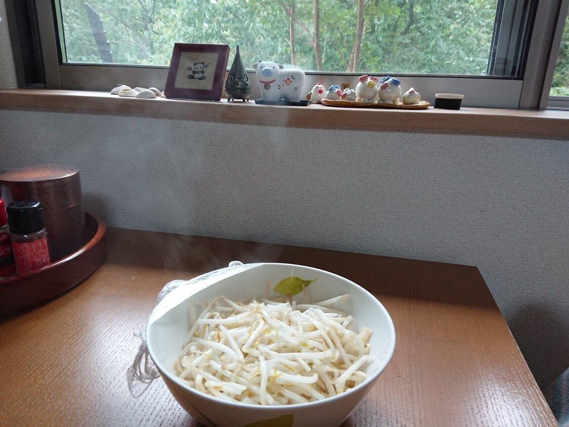 もやしナムルの韓国人気レシピ。レンジの加熱時間