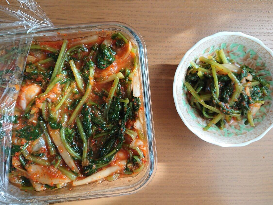 韓国ピリ辛味噌「サムジャン」市販+手作り+活用レシピ。基本の使い方はお肉のタレ。副菜のキムチ